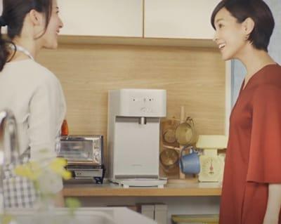 食器棚やキッチンボードのすき間にピッタリです